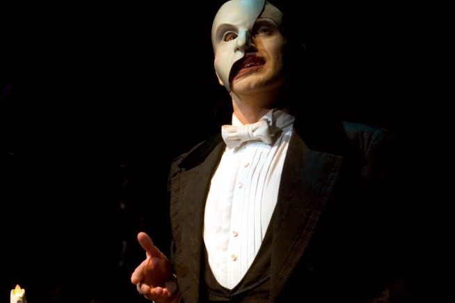 Image sourced from: http://stagewon.co.uk/news/view/press-phantom-of-the-opera-southampton-2013/  Photo credit Clive Barda