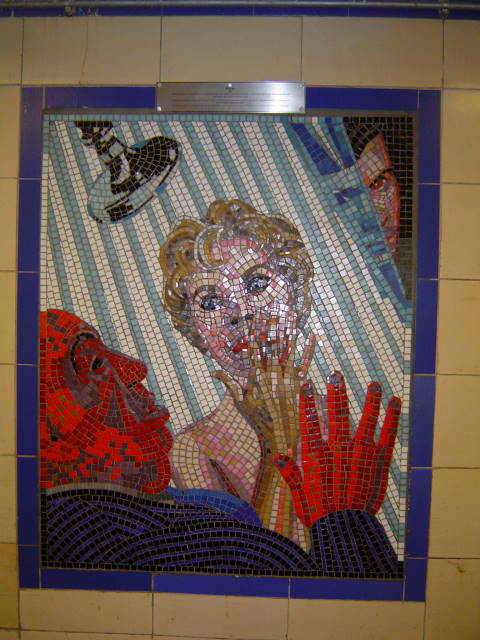 Leytonstone tube mural showing shower scene from Psycho